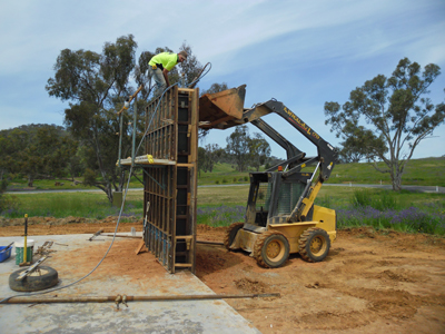 Supplying earth mix to higher lifts