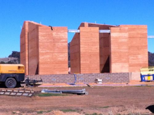 Rammed Earth House in Beechworth